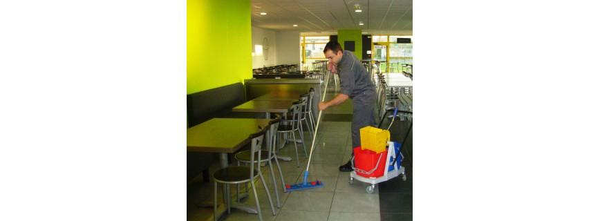 Nettoyage des sols et surfaces